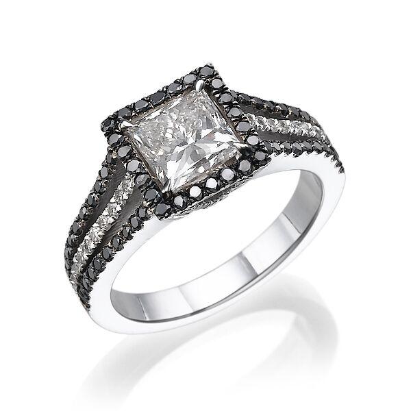Кольцо с черными бриллиантами 169384