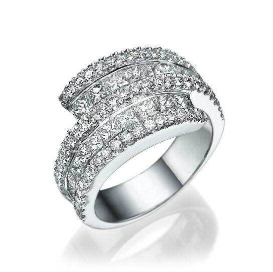 Кольцо с бриллиантами 172190