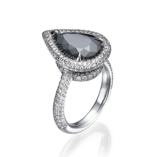 Кольцо с черным бриллиантом 89652